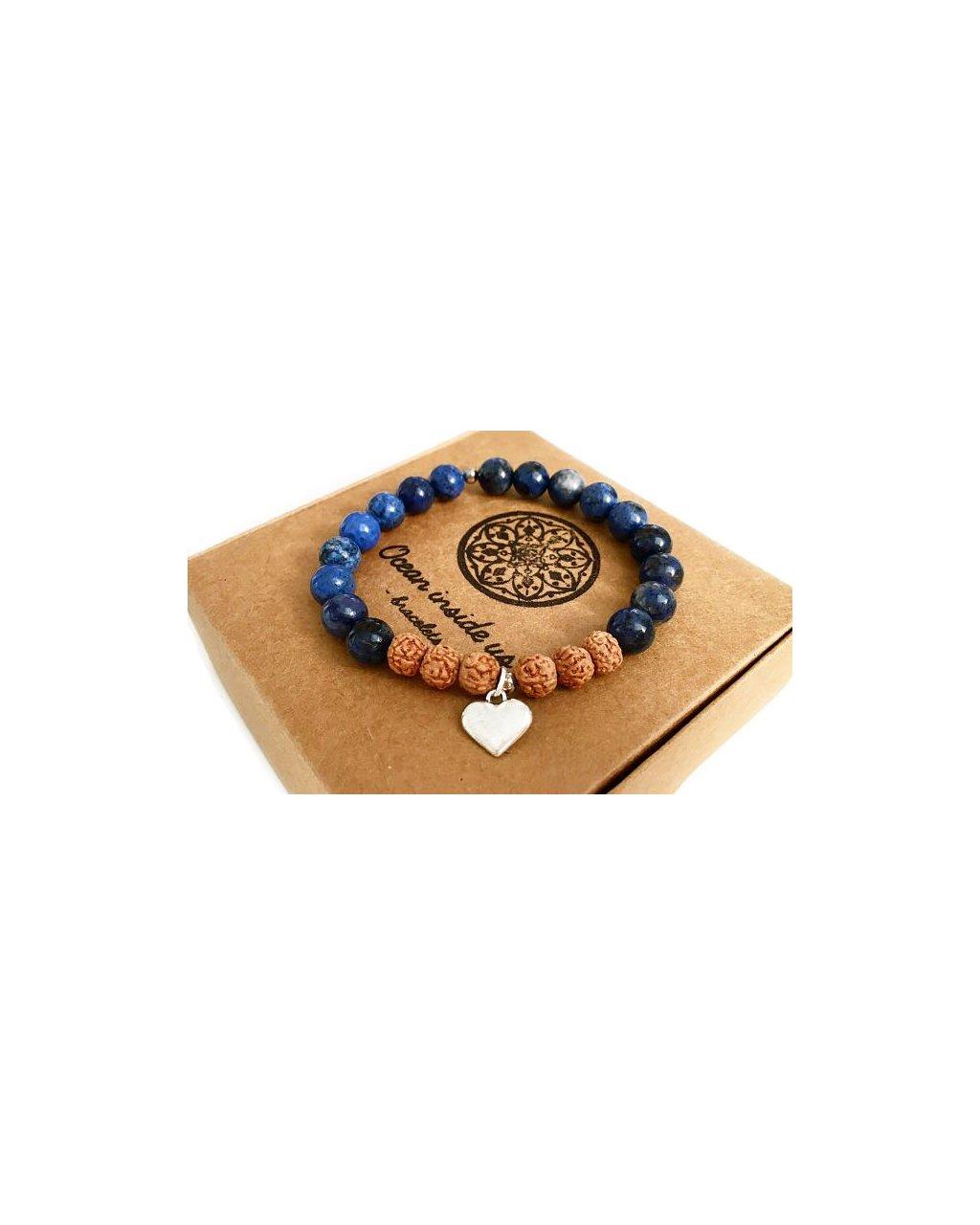 Náramek z minerálu z modrého sodalitu a stříbrného srdce