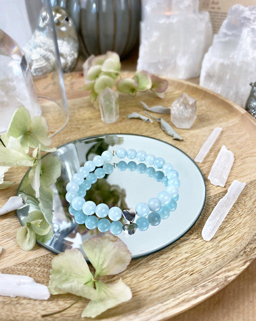 Náramek z minerálu krásný akvamarín a srdičko