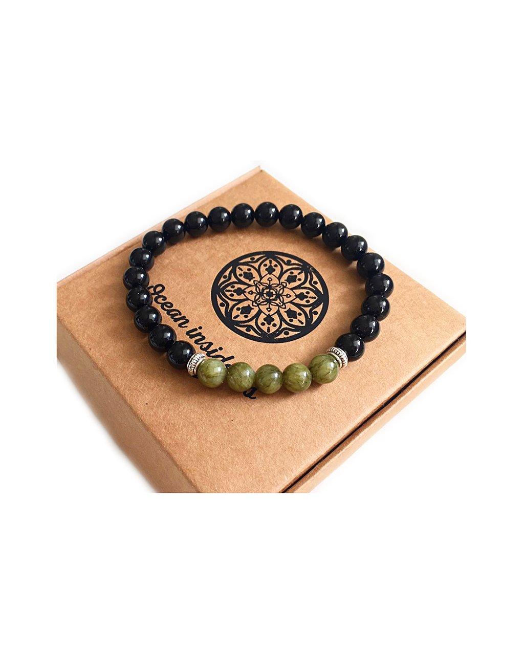 Náramek z minerálu černý onyx a zelený jadeit