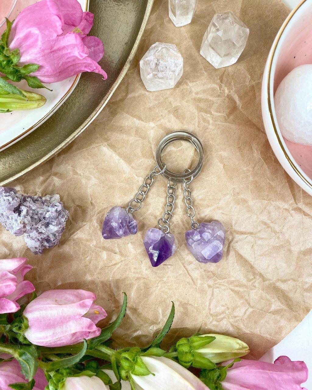 Přívěšek na klíče z minerálu ametyst krystaly