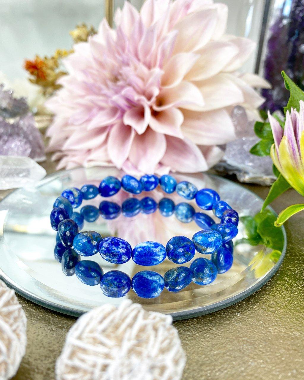 Náramek z minerálu lapis lazuli oblázky