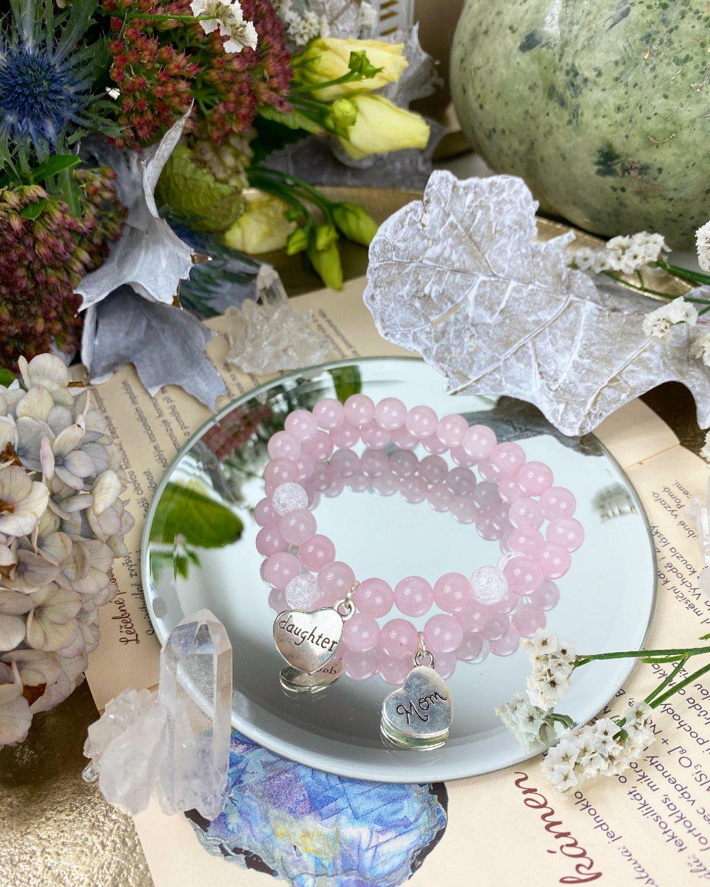 Náramky z minerálů pro mámu a dceru z růženínu