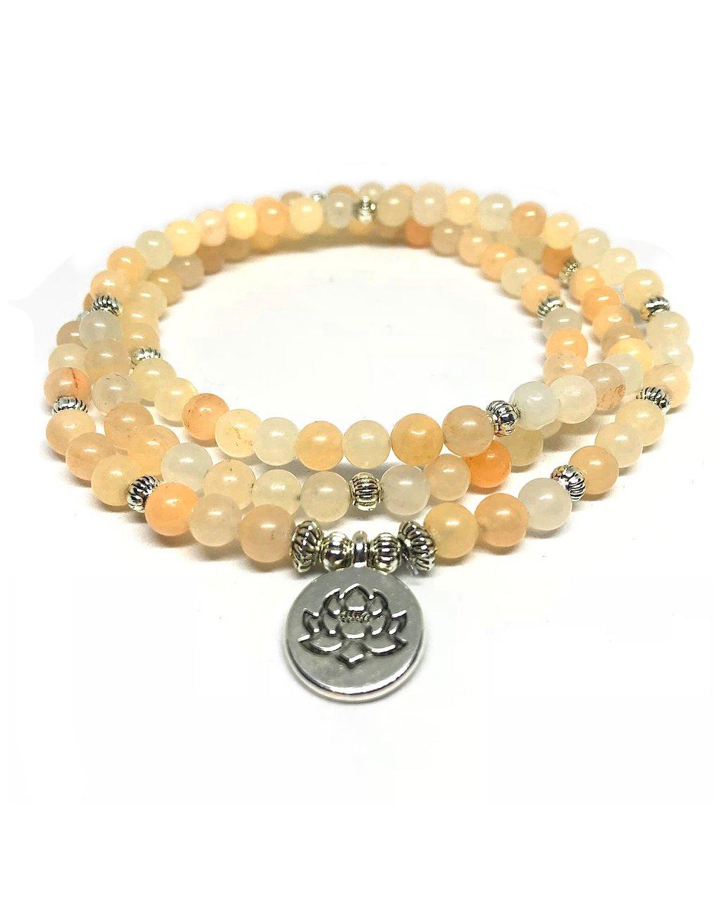 Minerální náramek meditační dlouhý s lotusem – měsíční svit