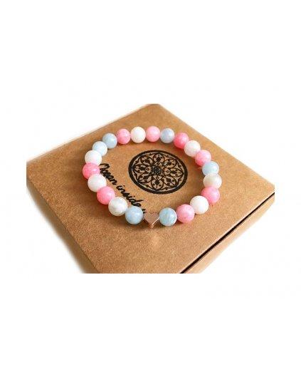 Náramek z minerálních kamenů Láska na první pohled s minimalistickým srdíčkem