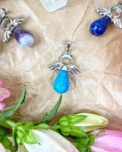 Přívěšek andílek na klíče pro štěstí z modrého tyrkysu