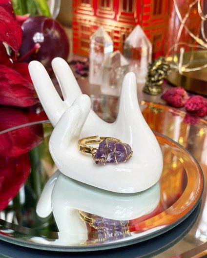Dámský prstýnek s krystalem ametystu barva gold