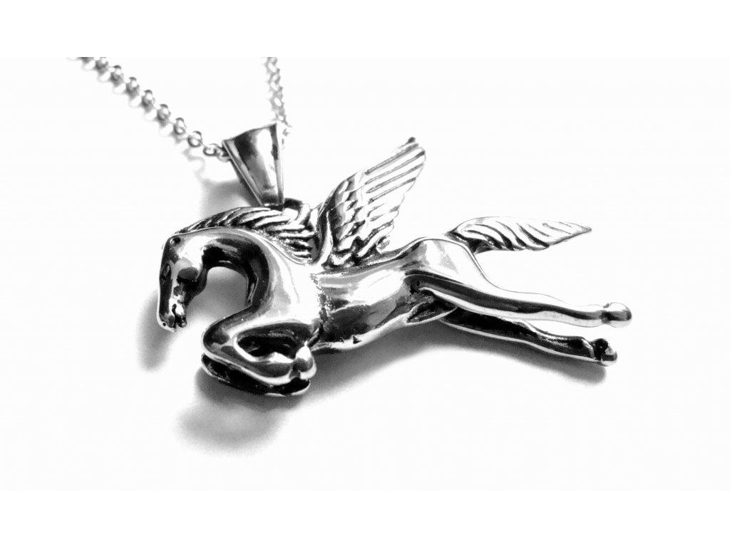 řetízek s přívěskem - chirurgická ocel - okřídlený kůň - pegas - 500448