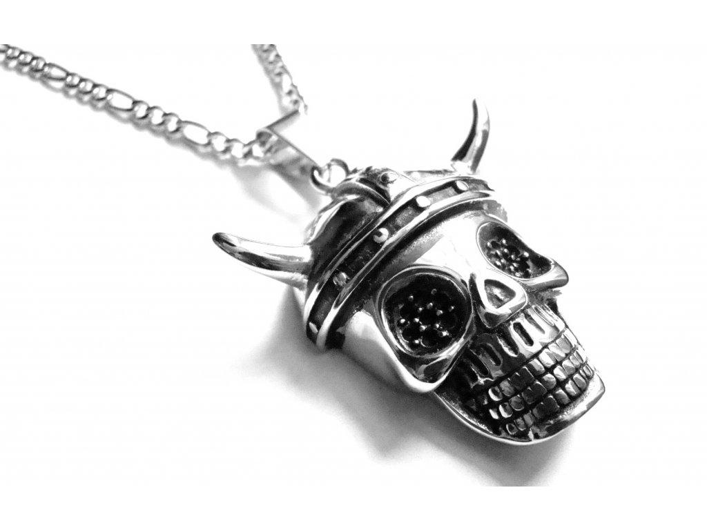 řetízek s přívěskem - lebka s rohy - chirurgická ocel - motorkářský - 090145