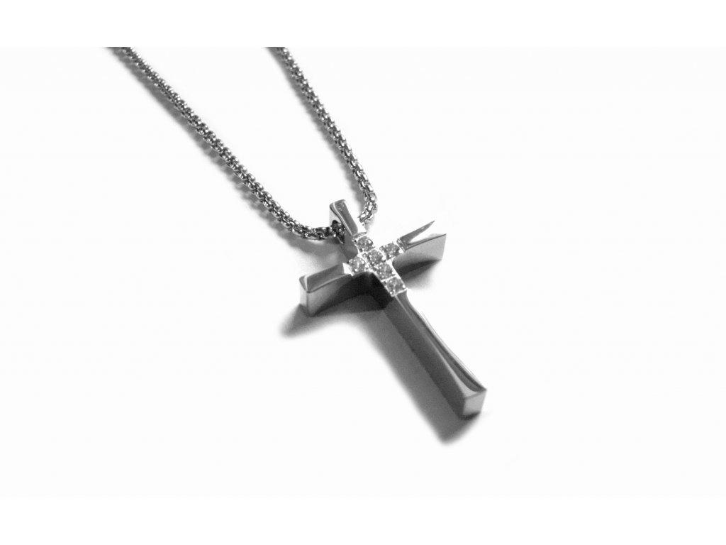 řetízek s přívěskem - kříž - chirurgická ocel - 150409