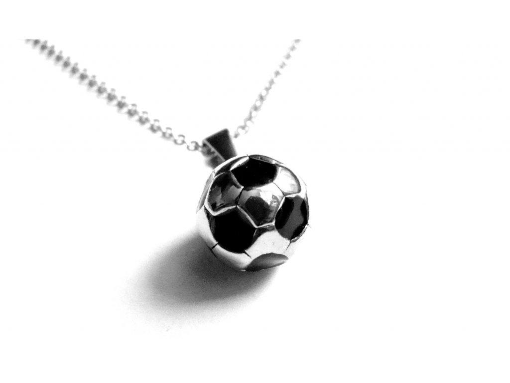 řetízek s přívěskem - chirurgická ocel - fotbalový míč - 160111