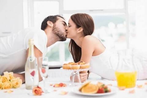 TOP 5 ROMANTICKÝCH VÍN & VÍNO PRO SKVĚLÝ SEX