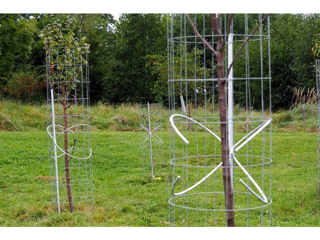 ochranne pletivo proti okusu stromu motyle ochrana stromu
