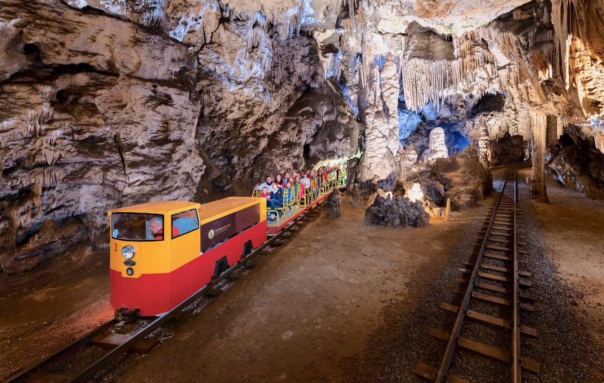 postojna-jeskyne