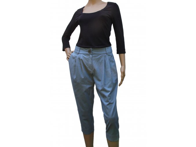 Kalhoty s obloukem - střih
