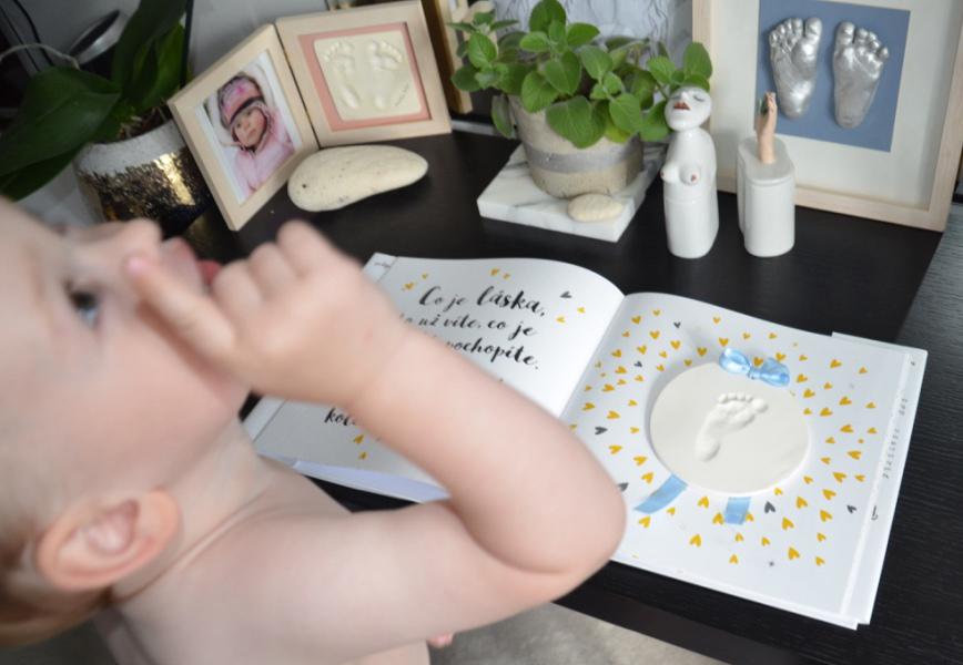 Jedinečná vzpomínka na drobné dětské nožičky 3D odlitek a otisk