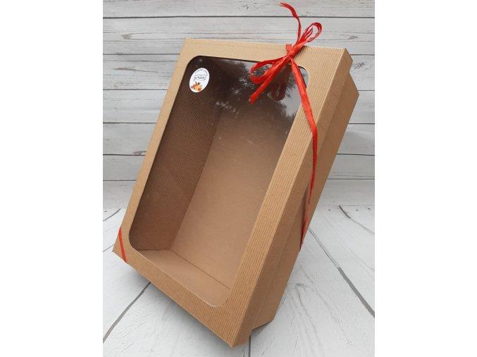 krabice s oknem