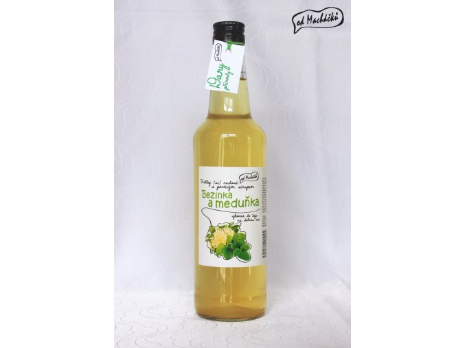 Sirup Bezinka a meduňka 500 ml Od Macháčků