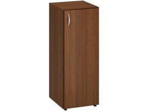 Úzká kancelářská skříň CLASSIC - dveře pravé, 400 x 470 x 1063 mm, ořech