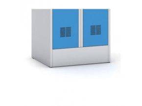 Kovová šatní skříň, modré dveře, otočný zámek