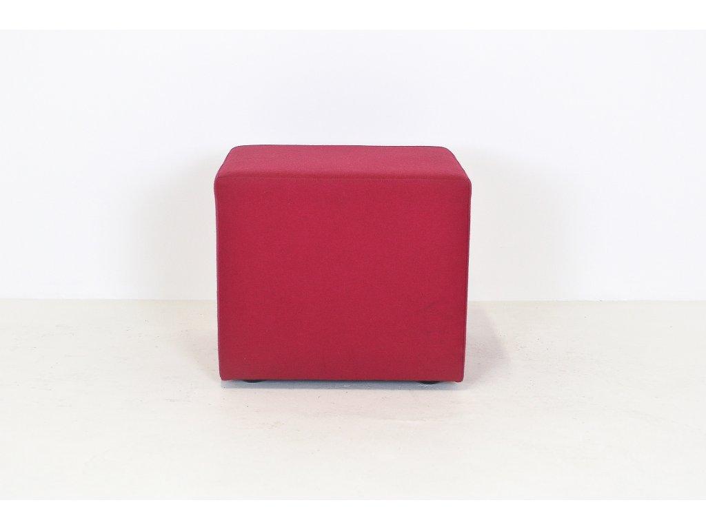 Sedák, 43x48x48, červený, polstrovaný