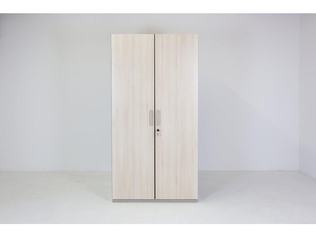 Skříň šatní, Steelcase, v192x100šx65h, dub/ořech, zámek, tyč, police