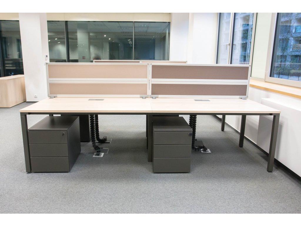 Stůl 4 -pracoviště, Steelcase, 280x160 běl. dub/ granit, průchodky, vč. paravánů