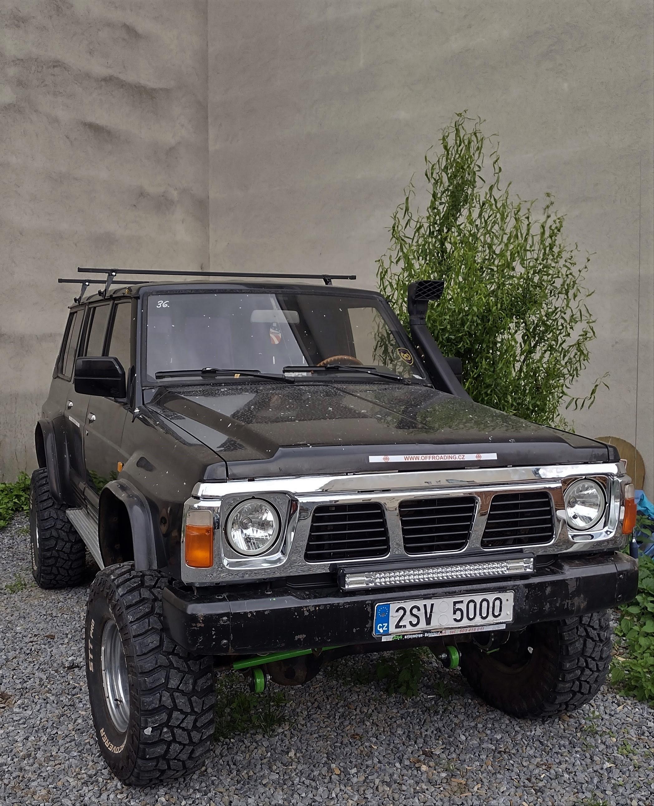 Raritní Nissan Patrol Y60 4.2 Benzín alias Godzilla