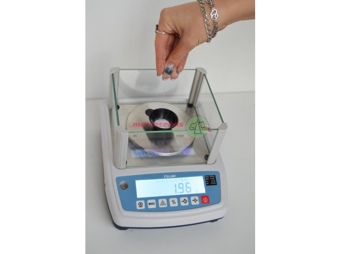 NHB300M Laboratorní váha 300 g