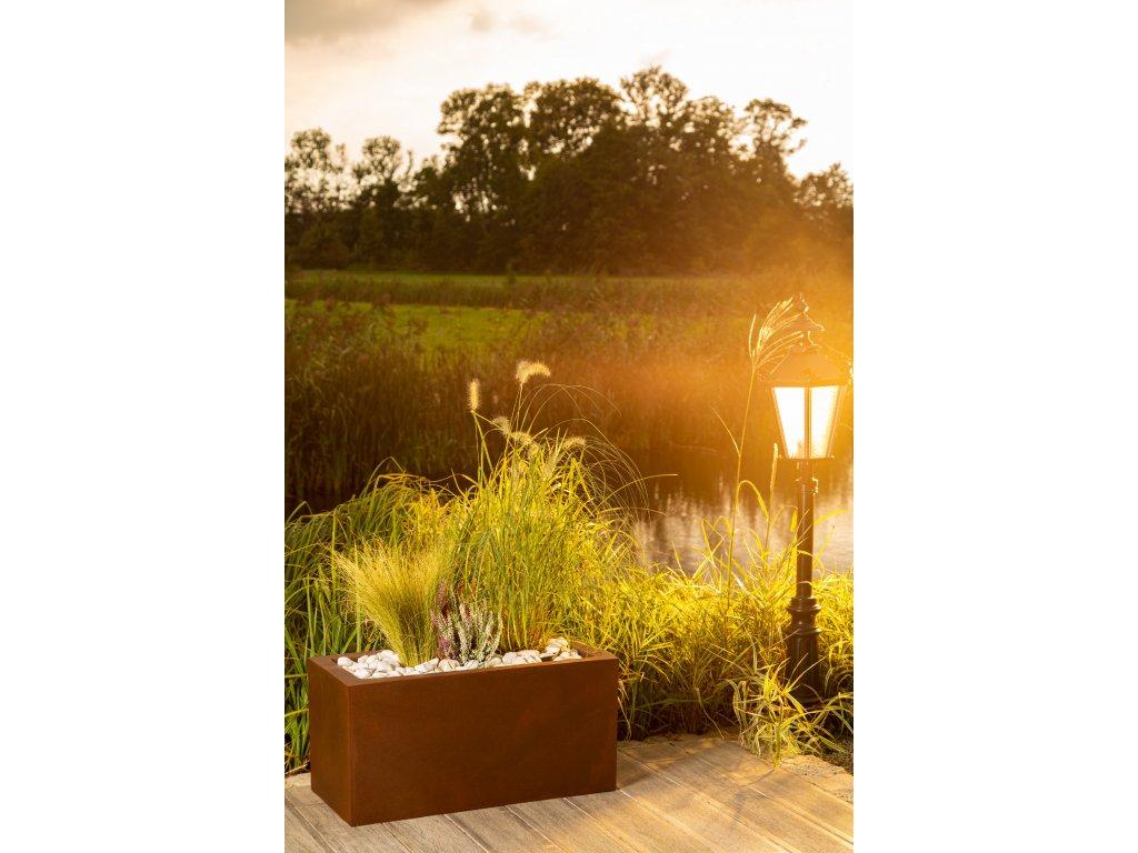 Svítící květináč Monumo Lungo, LED květináč