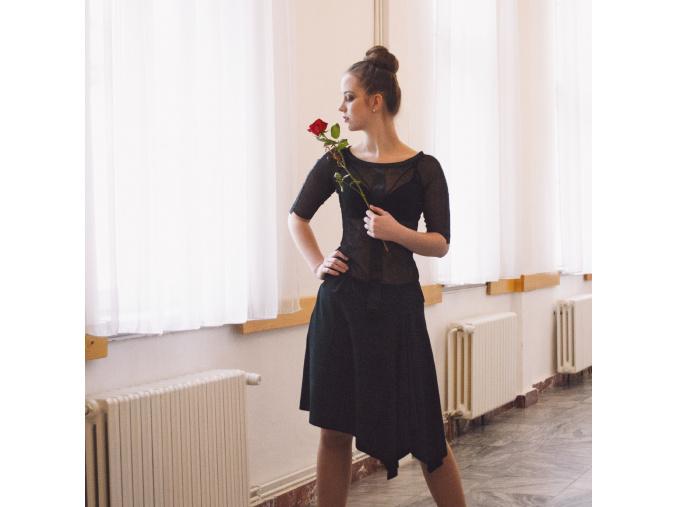 Černá asymetrická  sukně