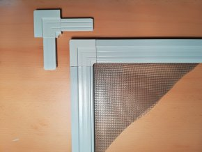Plastový roh vnější pro profil 25x10