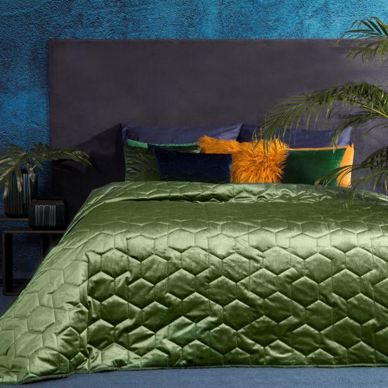 Olivový zamatový prehoz na posteľ ISLA 220x240 cm