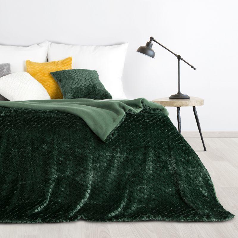 Kožušinová zelená prikrývka AMBER s 3D efektom 170x210 cm BF