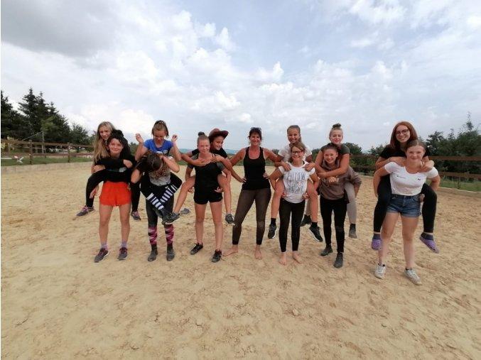 Prázdniny u koní 1. turnus  30.červen - 5.července 2019 pro starší děvčata nad 12 let