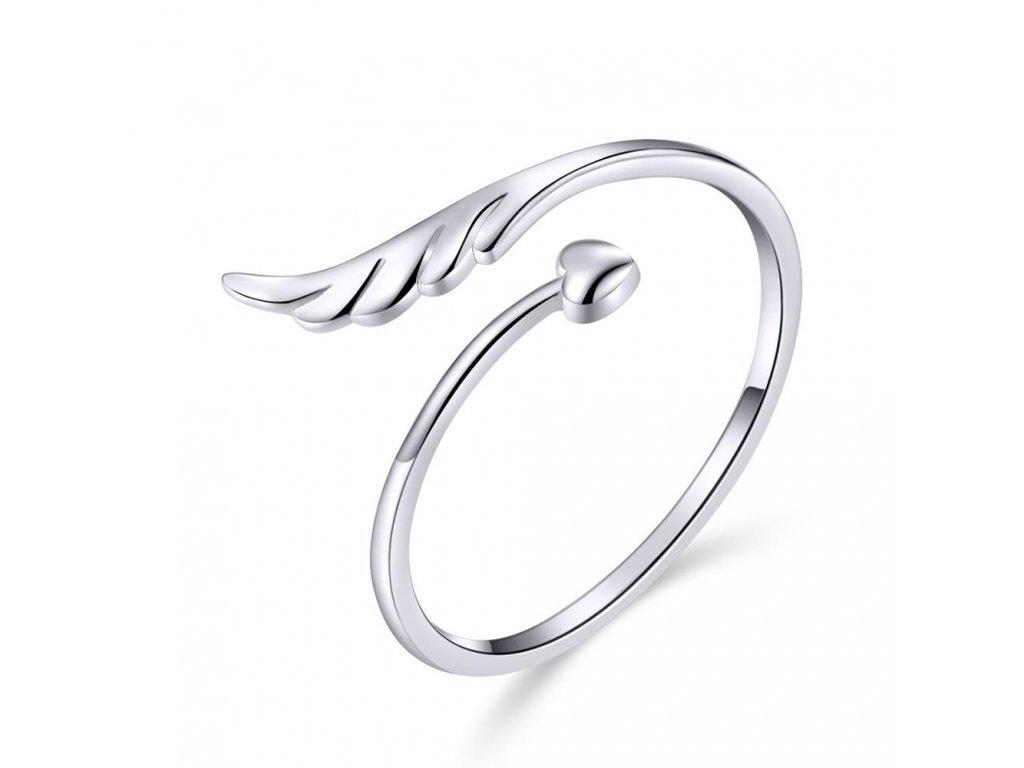 Stříbrný prsten ANDĚLSKÉ KŘÍDLO SE SRDÍČKEM