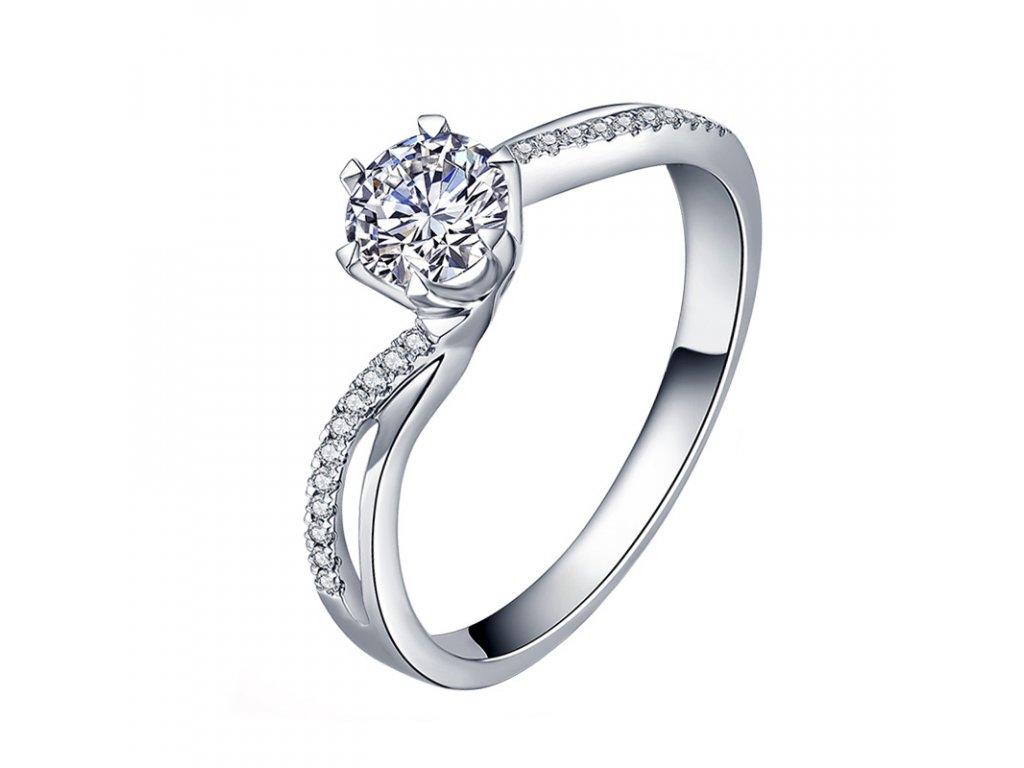 Kvalitní stříbrný zásnubní prsten BECCA od OLIVIE