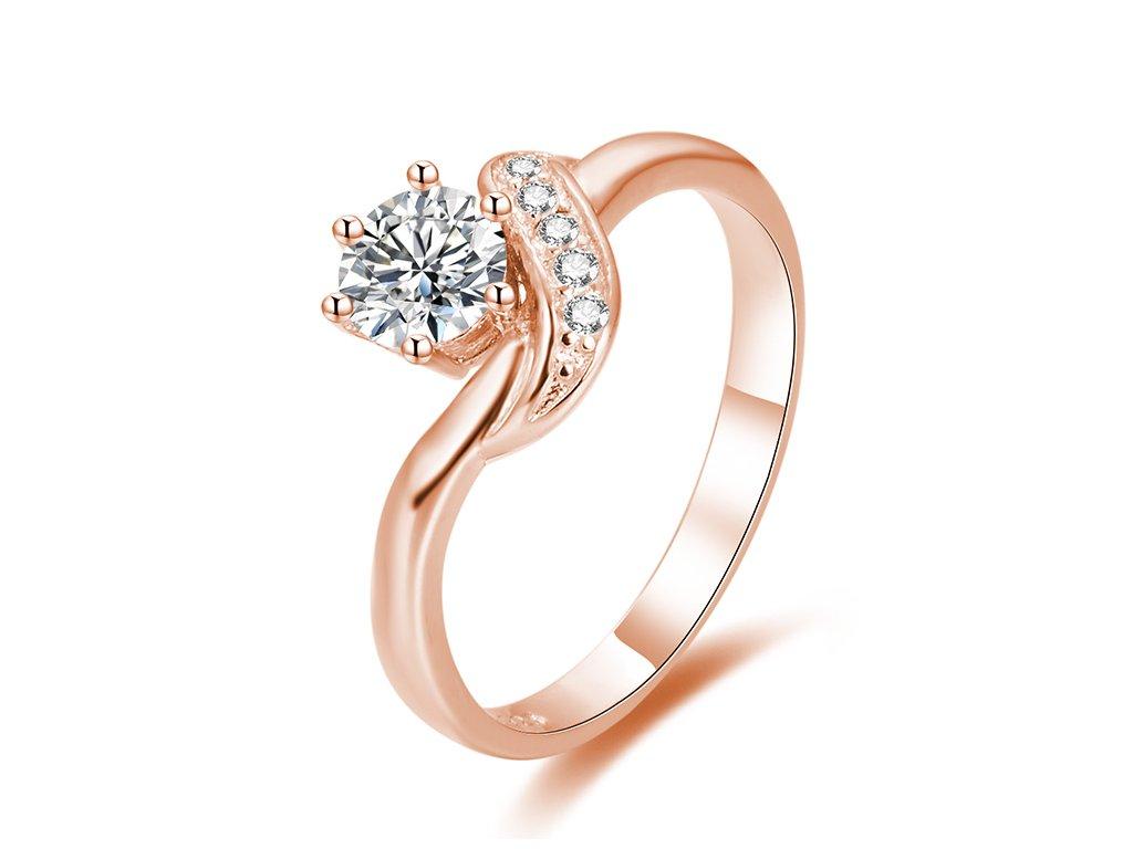 Stříbrný zásnubní prsten ROSE od OLIVIE růžově pozlacený. Krásný dárek z lásky pro partnerku, přítelkyni, manželku.