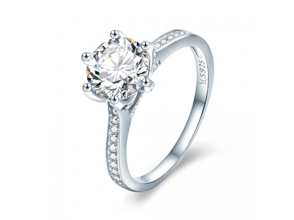 Zásnubní stříbrný prsten od OLIVIE