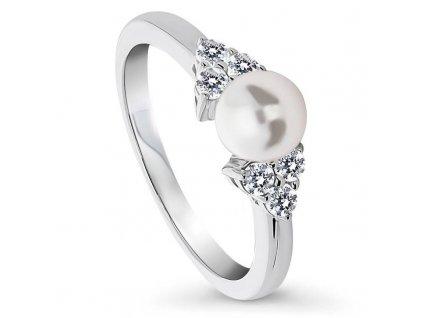 Stříbrný prstýnek PERLA koupit na OLIVIE.cz.  Krásný dárek pro patnerku, přítelkyni, manželku k Vánocům, narozeninám, výročí nebo k Valentýnu,