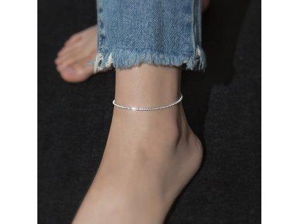 Delší stříbrný řetízek na nohu s nastavitelnou délkou od 22 až do 26 cm koupíte na OLIVIE.cz