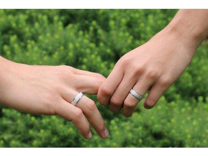 Snubní pískovaný prsten