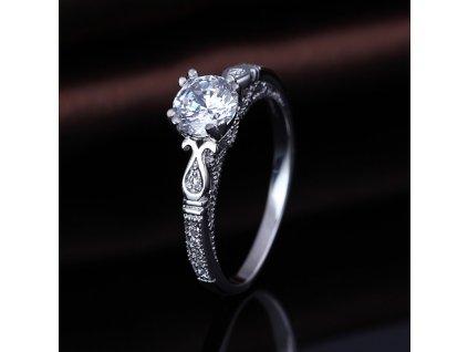 Stříbrný prsten od OLIVIE