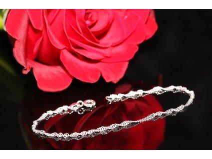 Dámský levný stříbrný zatočený náramek, dárek pro ženu, přítelkyni