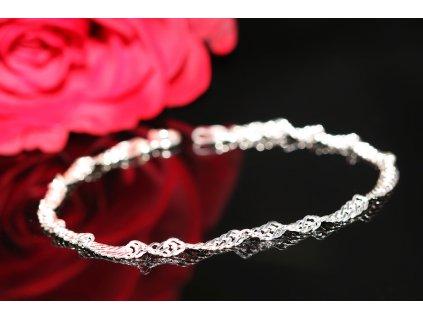 Dámský levný stříbrný zatočený náramek , dárek pro ženu