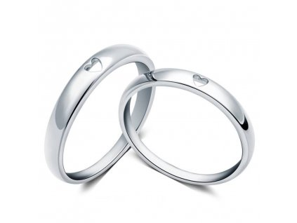Snubní prsten ze stříbra se srdíčkem od OLIVIE. Prstýnek snubní, z lásky, pro dva nebo jen tak tak pro radost.