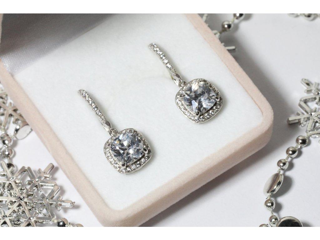Stříbrné náušnice KŘIŠŤÁLOVÁ STUDÁNKA od OLIVIE. Krásný dárek pro dceru, přítelkyni, ženu, partnerku