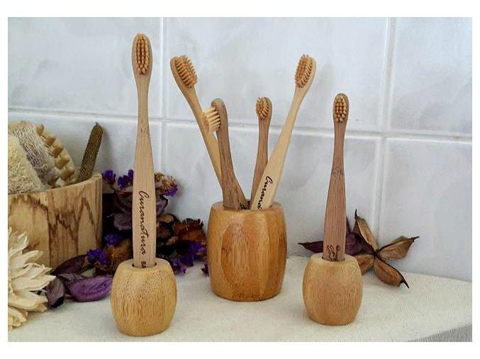 419 eko bambusovy stojan na kefky curanatura maly