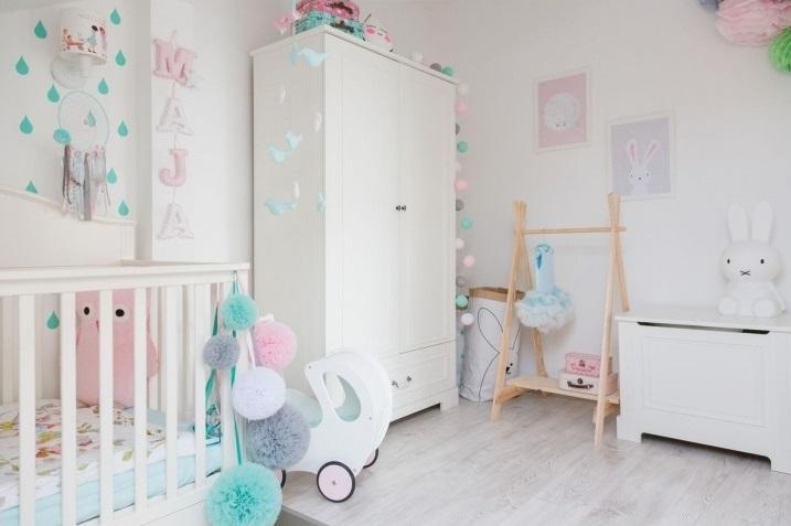 Ako zariadiť detskú izbu pre najmenších?