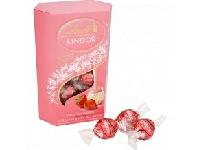 lindor strawberry cornet 405x400px
