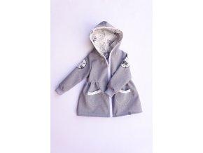 kabátek V lese